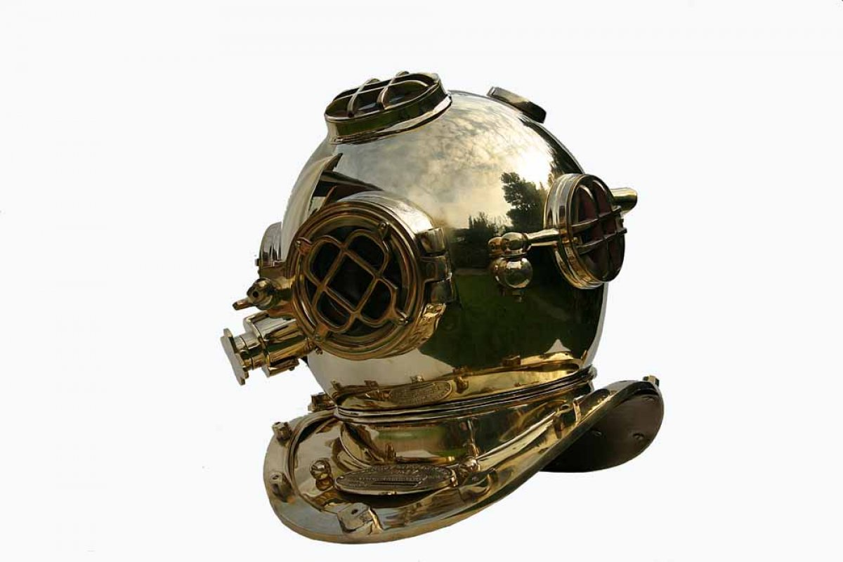 Taucherhelm-Taucherglocke-Navy-Diving-He